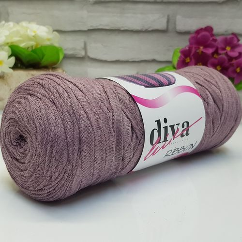 Diva Ribbon 37